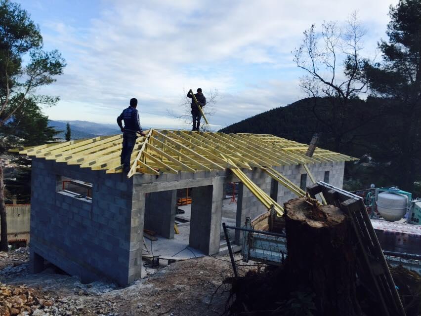 Construction maison contemporaine var
